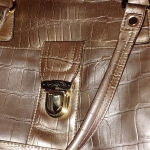 Like New Vintage Gold Liz Claiborne Shoulder Bag